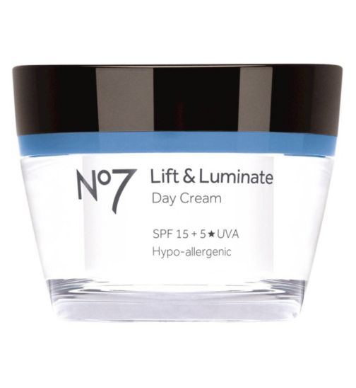 Review of the Best Boots No. 7 Skincare Products